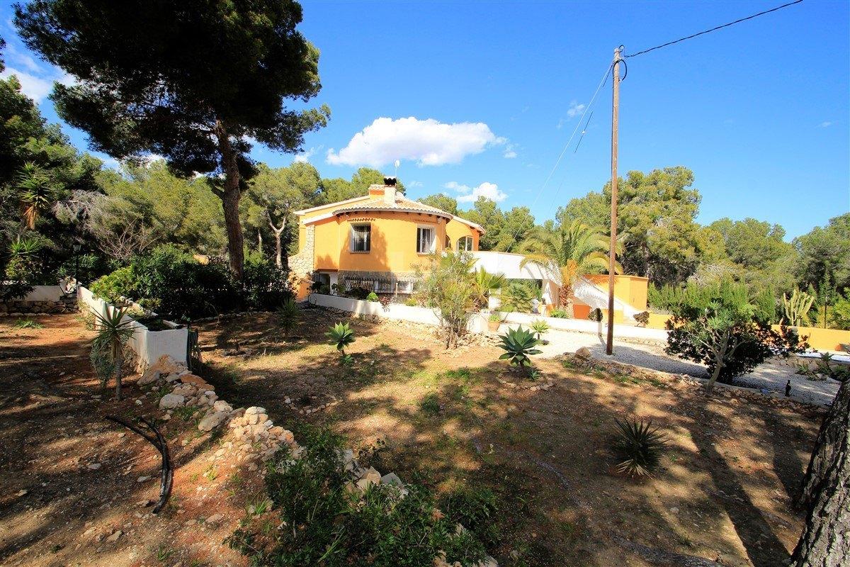 Villa à vendre à Benissa, à distance de marche de la plage.